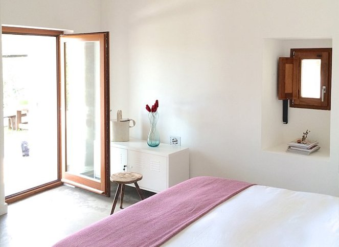 modern_vacation_rentals_alentejo_portugal_016